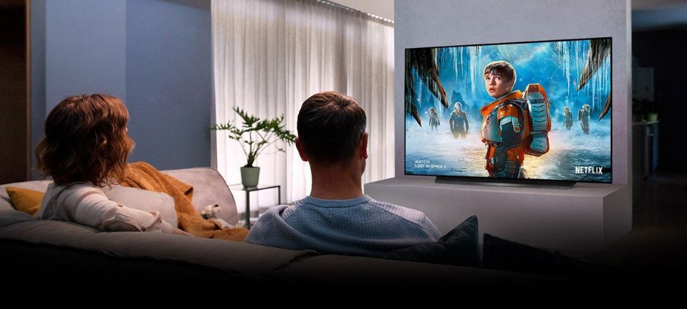 Quiero montar un cine en casa, ¿merece la pena apostar por un proyector?