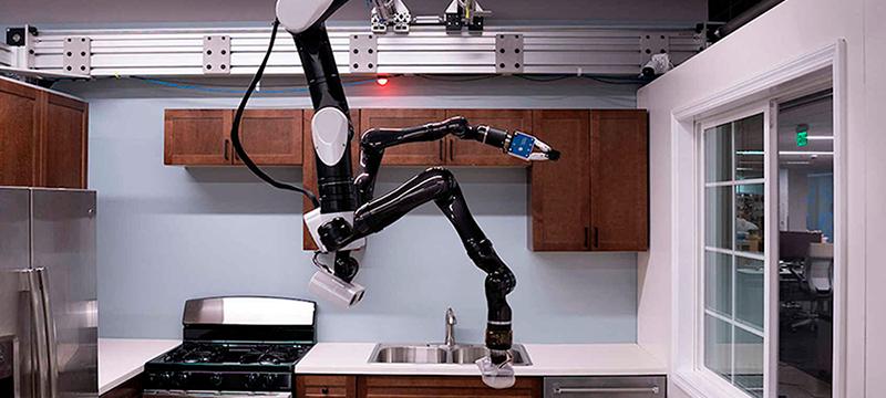 El robot que se cuelga del techo para ayudarte en las tareas del hogar